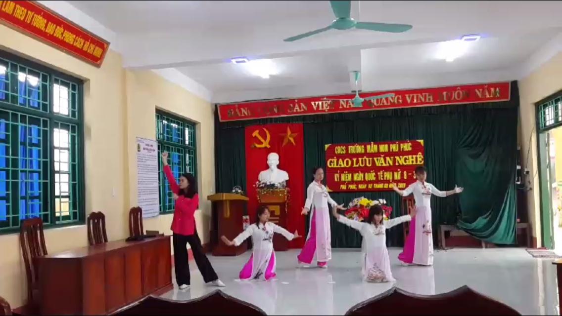 """Kịch """" Võ Thị Sáu"""""""