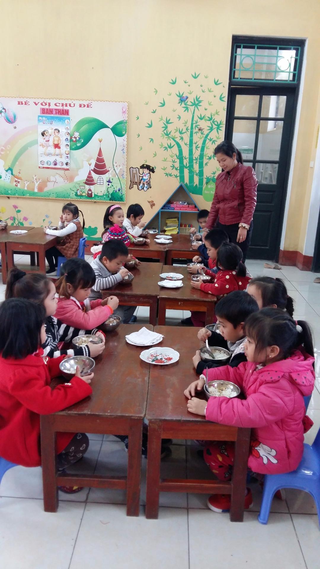 Chăm sóc sức khỏe cho trẻ