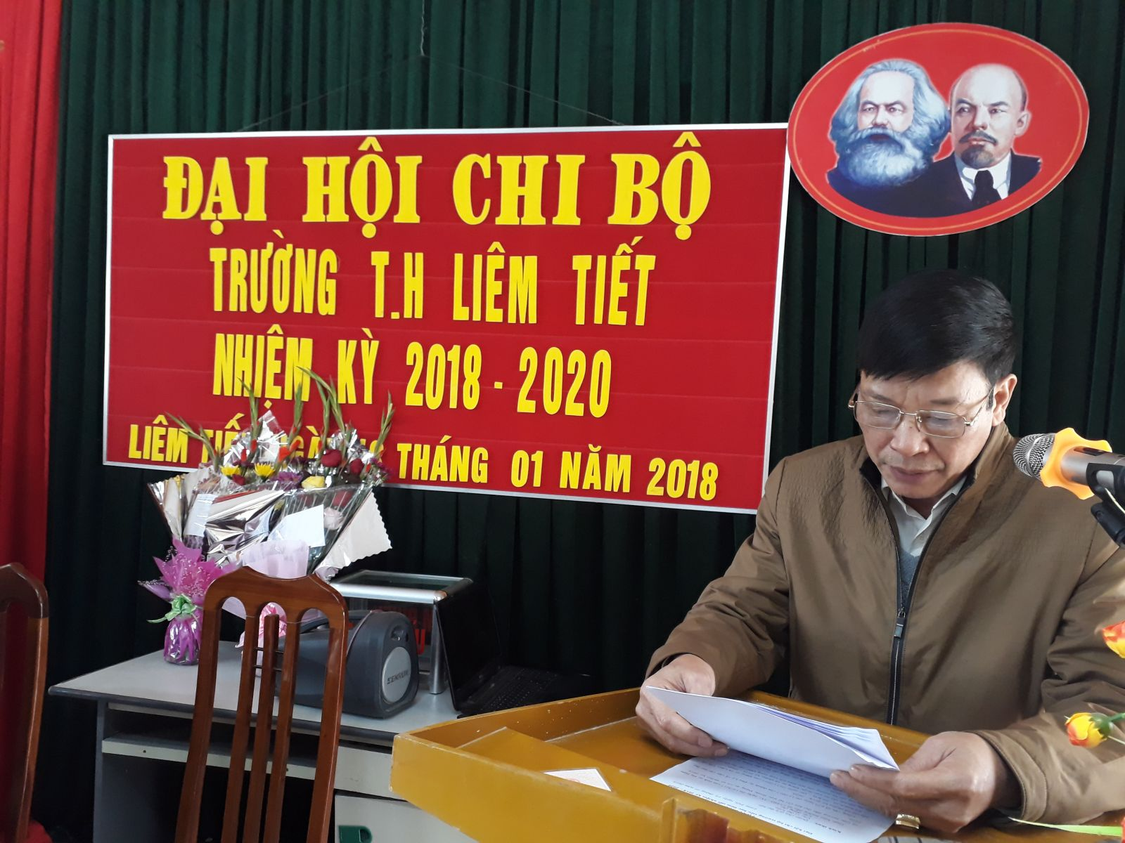 Đồng chí Đào Mạnh Hùng phát biểu Tại Đaij hội.