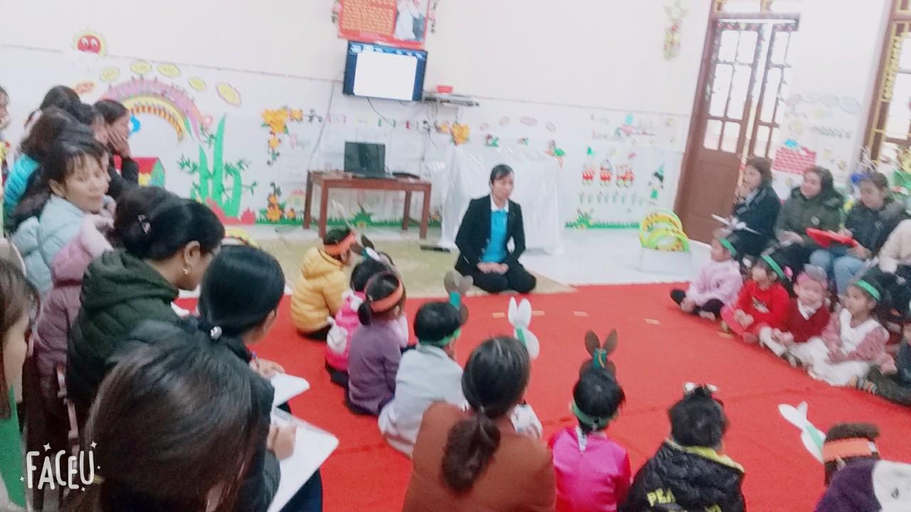 Trường Mầm non xã Đức Lý tổ chức ' Hội thảo sinh hoạt chuyên môn liên trường' năm học 2018-2019