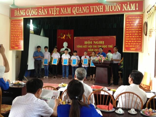 Em Nguyễn Xuân Đạt – Học sinh lớp 5A nhận giải Khuyến khích