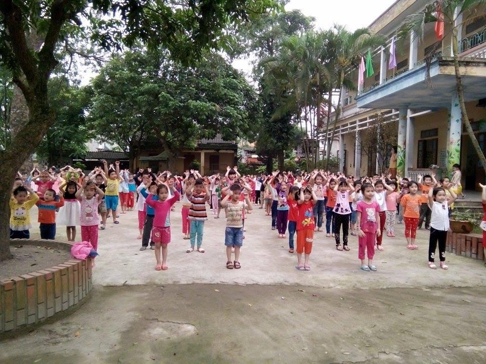 Giờ tập thể dục của trẻ