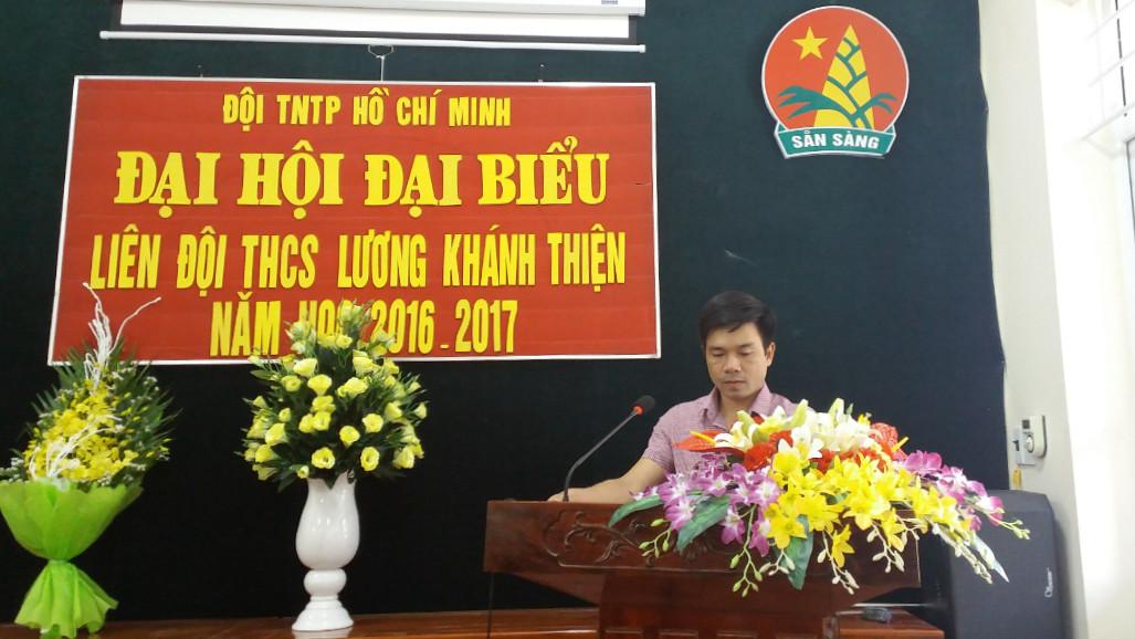 Thày Trịnh Minh Tâm-Bí thư chi bộ, Hiệu trường phát biểu ý kiến