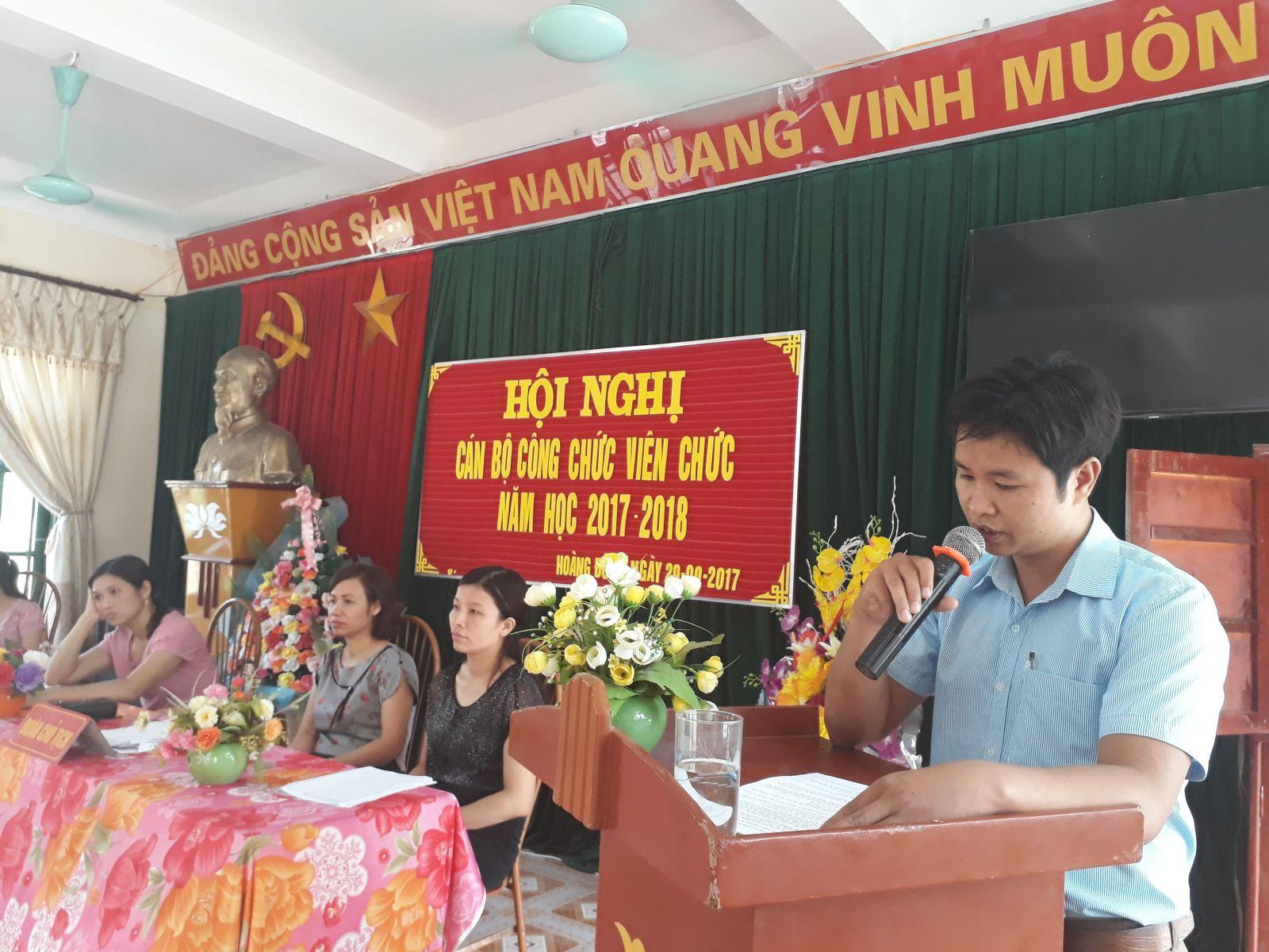 Đ/c Phùng Tân Thành - GV trường THCS Hoàng Đông