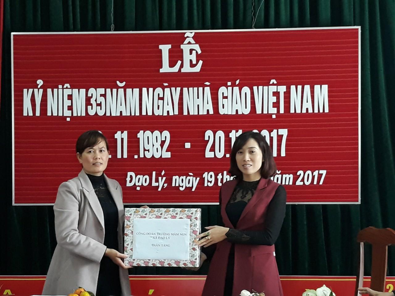 Ngày ngày giáo Việt Nam 20/11 năm học 2017-2018