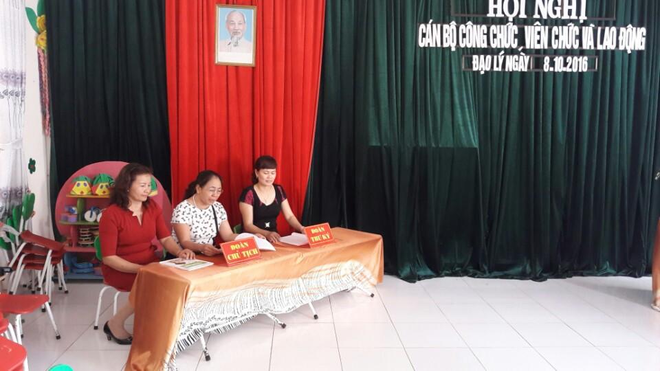 Đại hội cán bộ công chức
